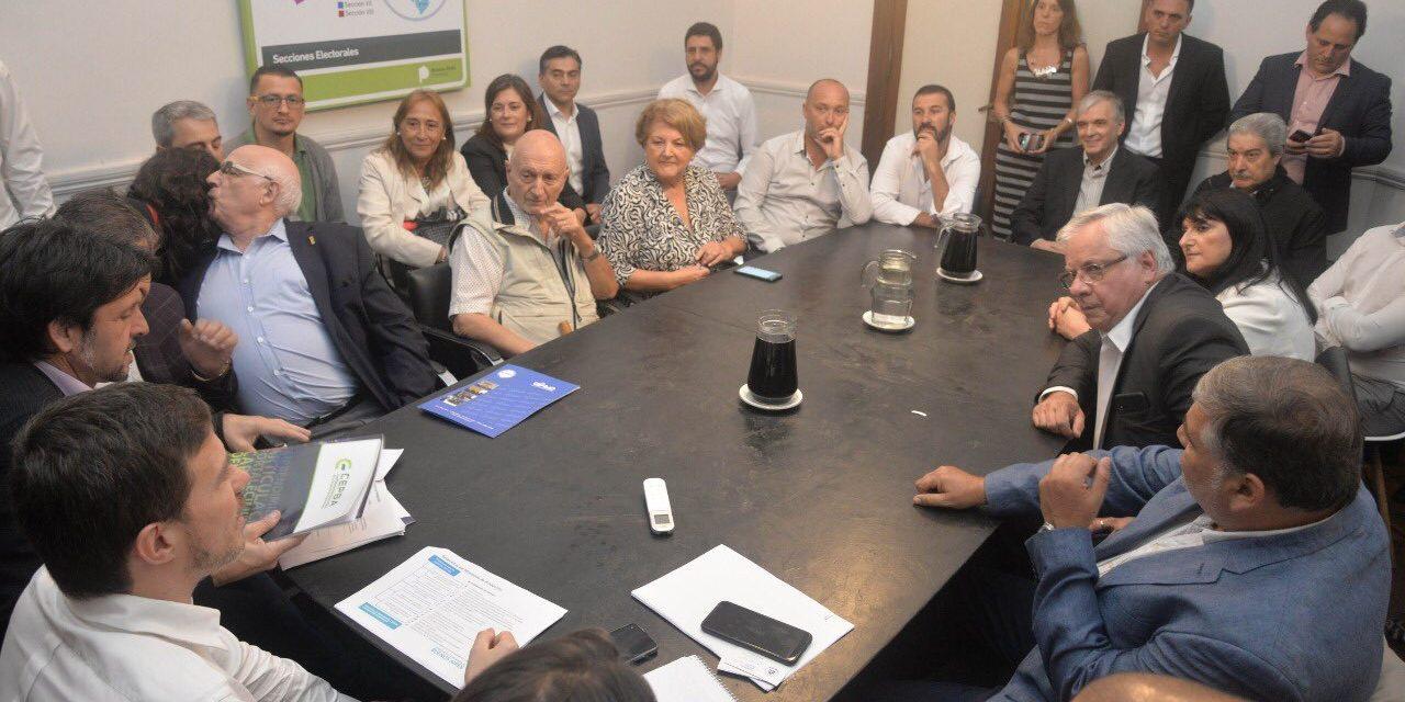 Un socio de FOCAVA pudo expresar su situación crítica al Ministro Augusto Costa