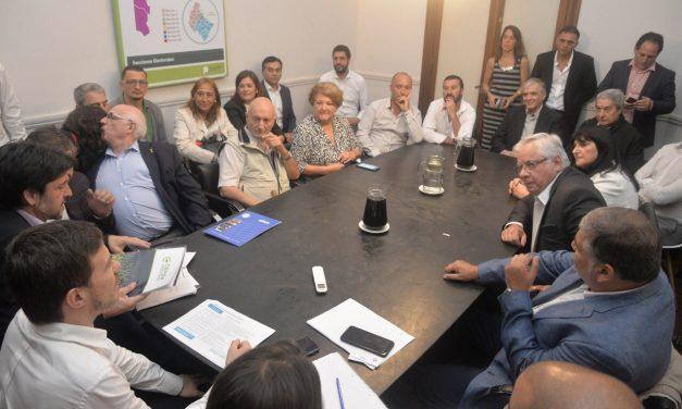 Socios de FOCAVA expresaron su situación crítica al Ministro Augusto Costa