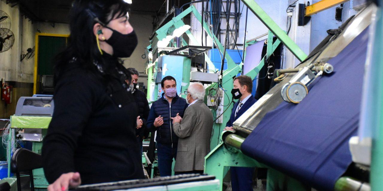 La ex Alpargatas volvió a producir: la textil CLADD readecuó la centenaria planta de Varela